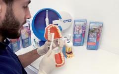 Prevenzione bambini e uso dello spazzolino studio dentistico Cantù Polispecialistico Meroni
