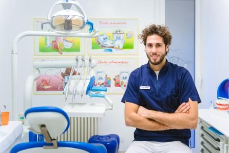 Dr. Marco Meroni
