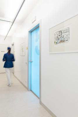 Sala chirurgia cura dentale studio dentistico Como Polispecialistico Meroni